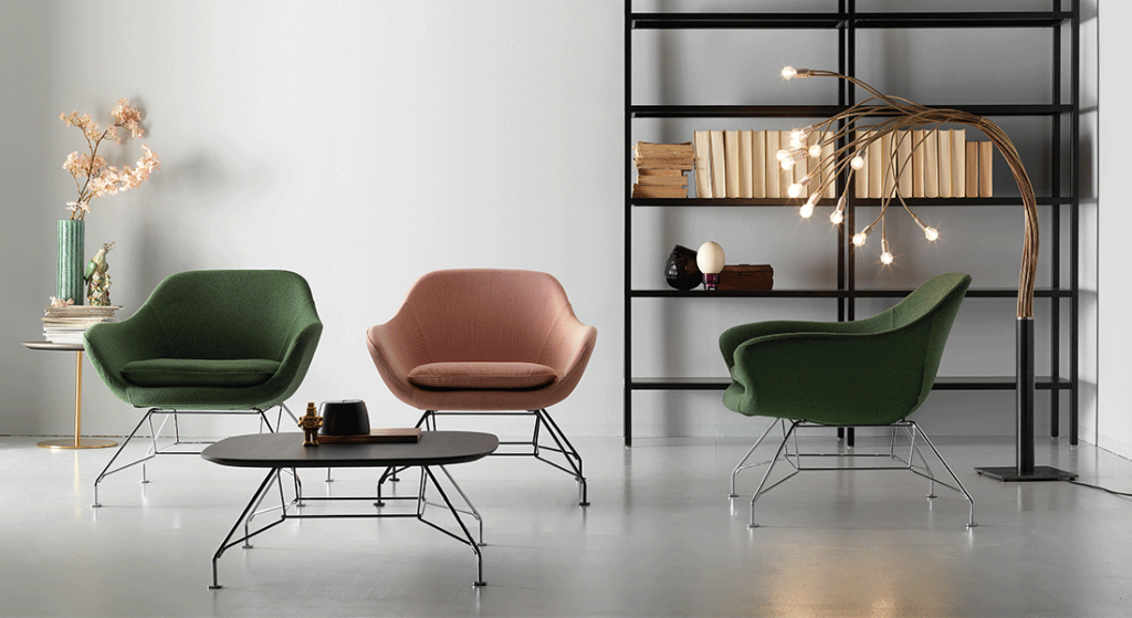 manta-lounge-chairs-with-wire-frame-base-and-matching-coffee-table