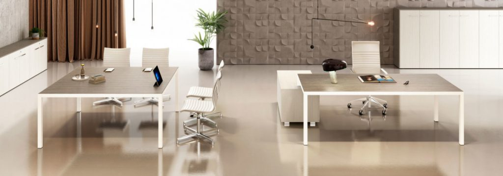 KAY4 executive workstation and square meeting table