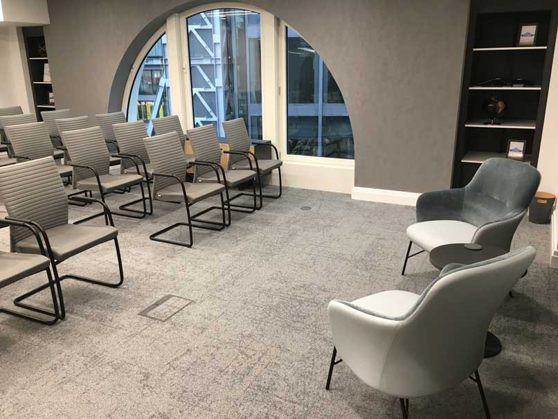 Lecture style layout for meeting room, with Web cantilever chairs and Level lounge chairs