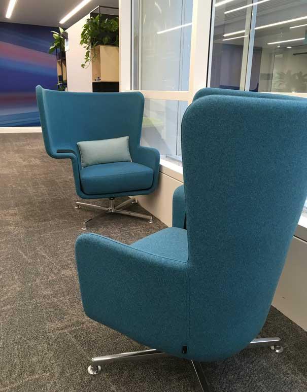 Sagal Group Hip swivel chair