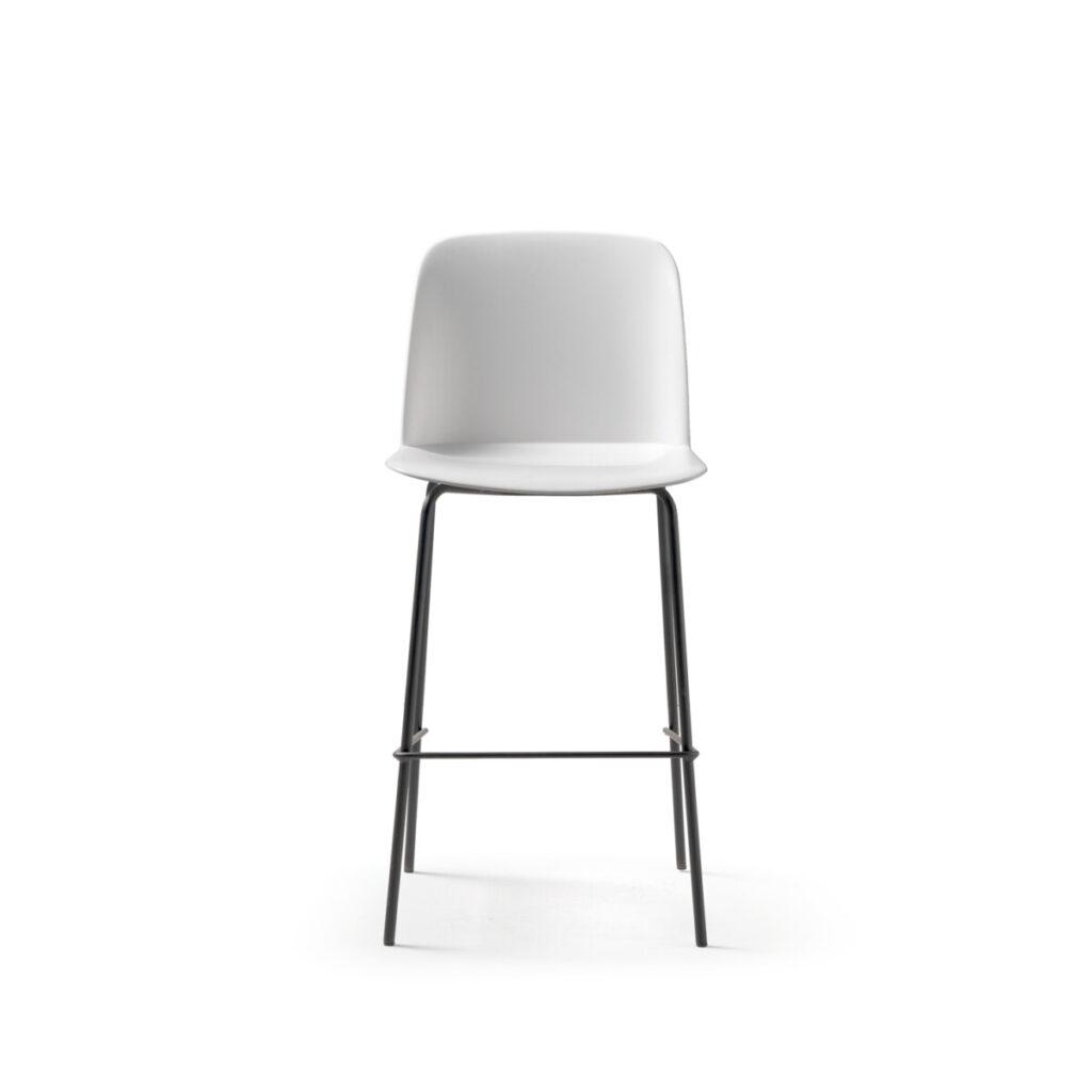 Deep bar stool essential