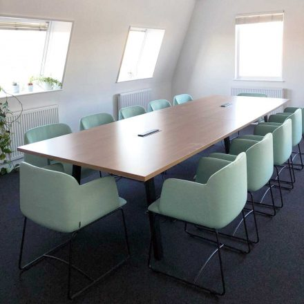 Sagal Group DEEP-Mint-Green-boardroom-440x440 What fabric colours should I choose for my workplace? Blog Sagal Knowledge  fabric colour
